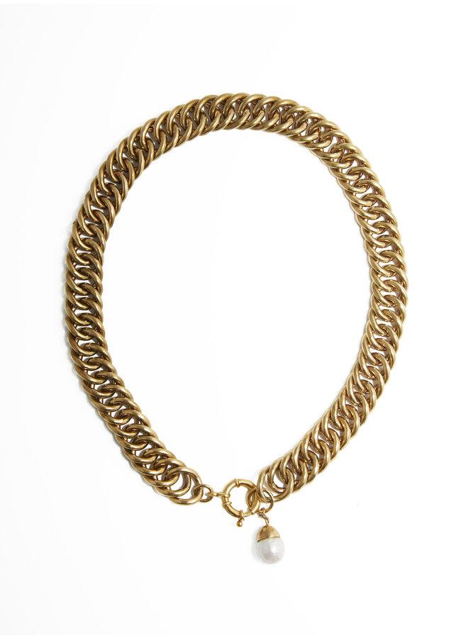 Eglise necklace