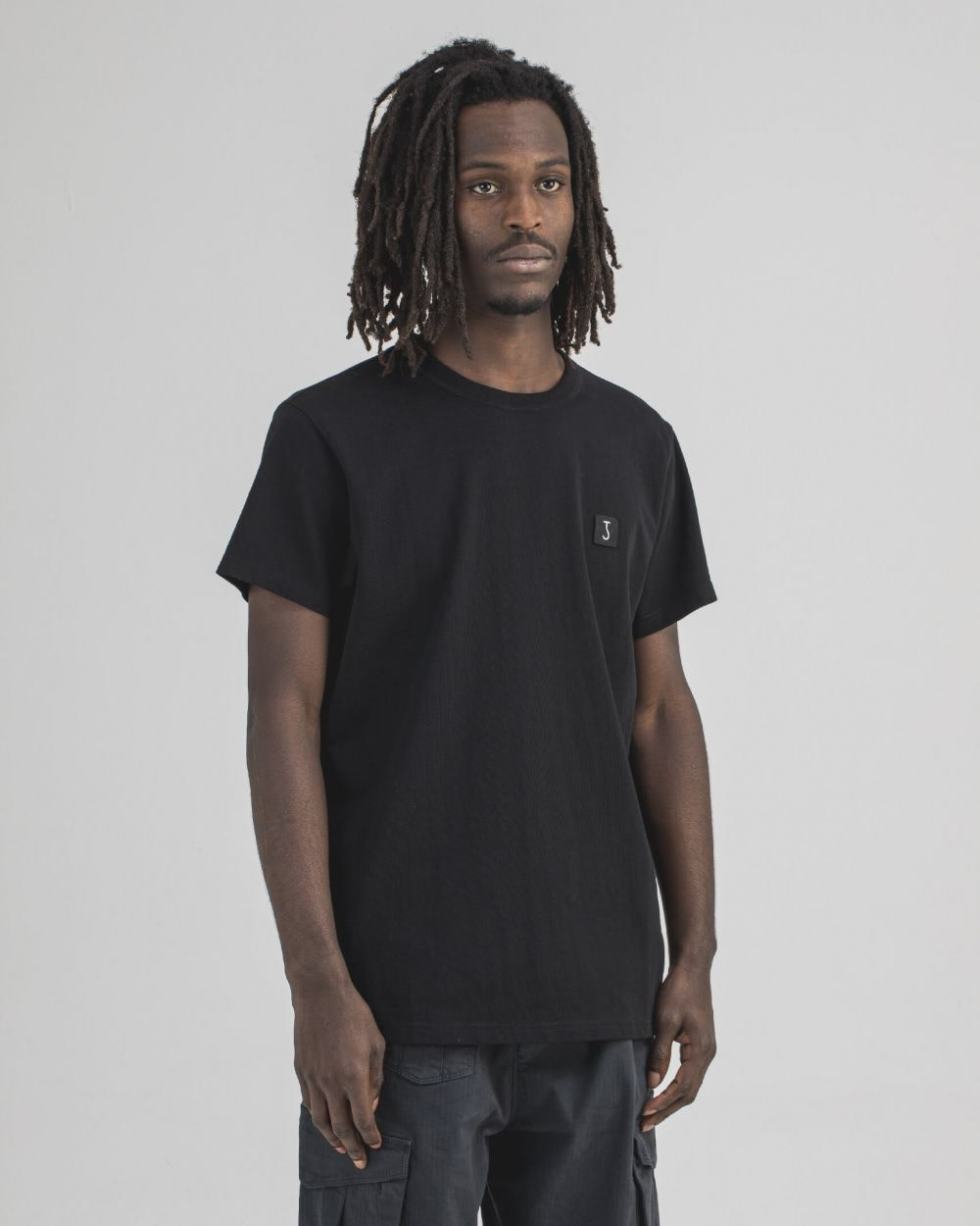 Army Tee s/s off black-1