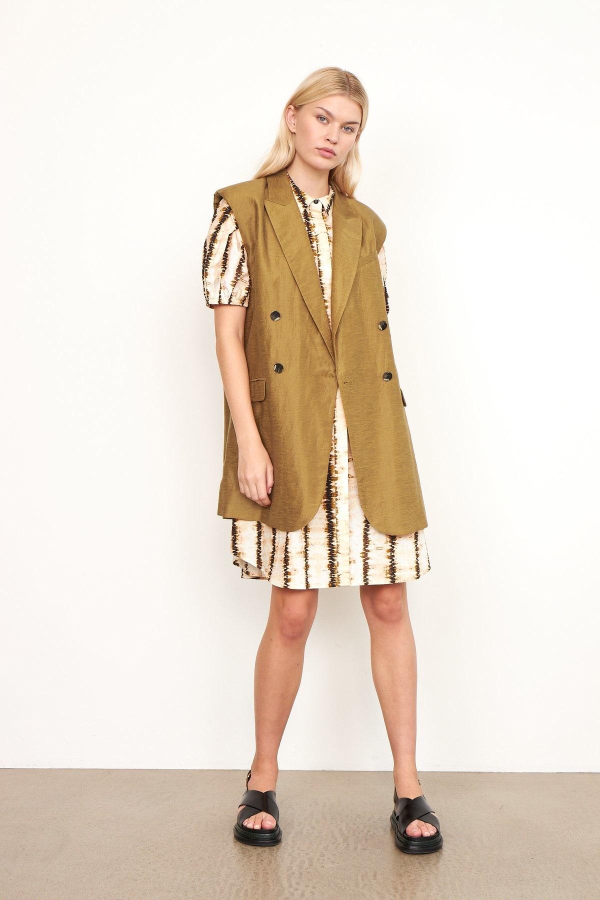 Lia Waistcoat bronze Brown-5