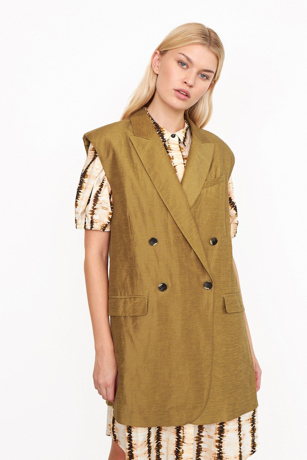 Lia Waistcoat bronze Brown-1