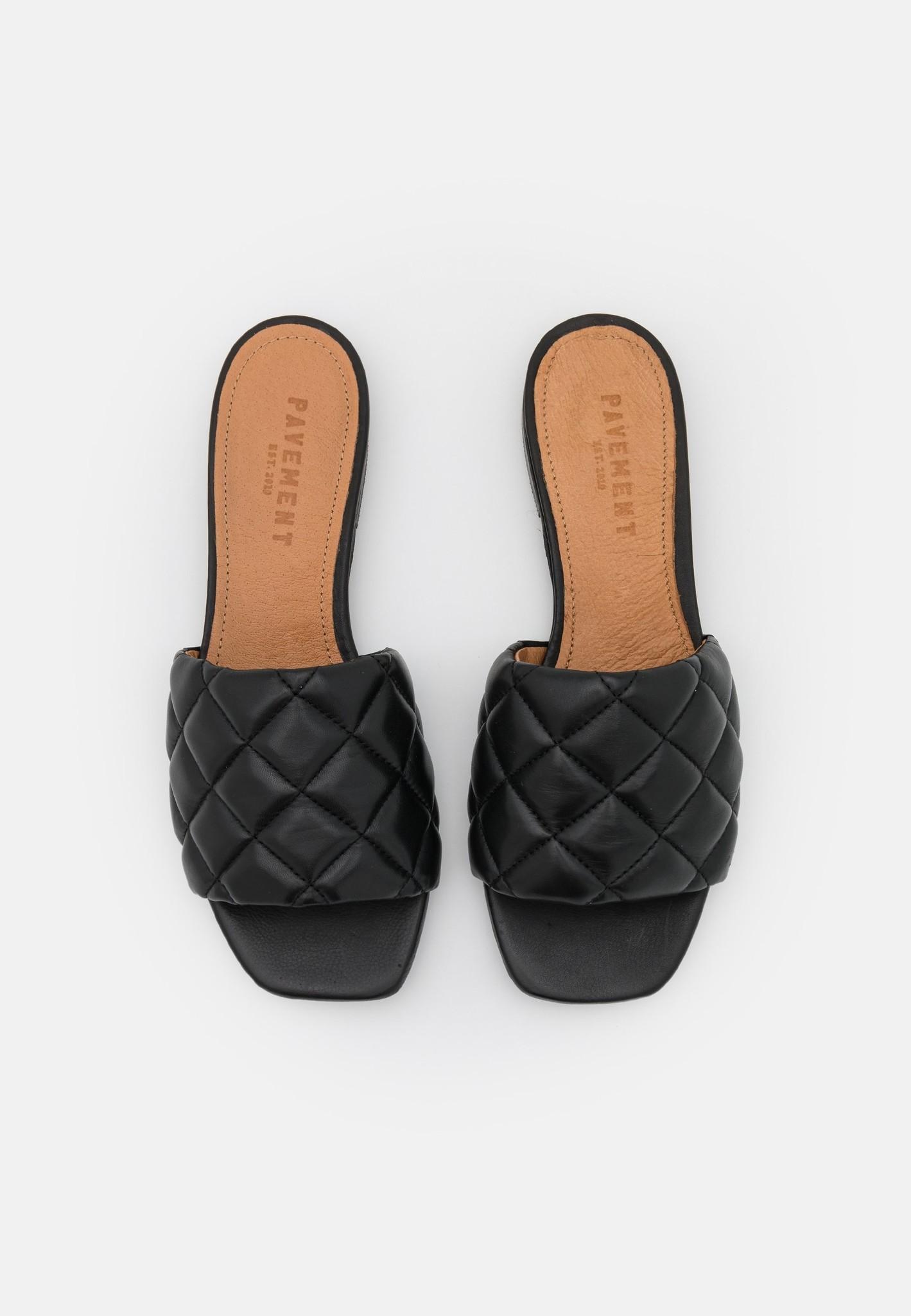 Alva slipper-1