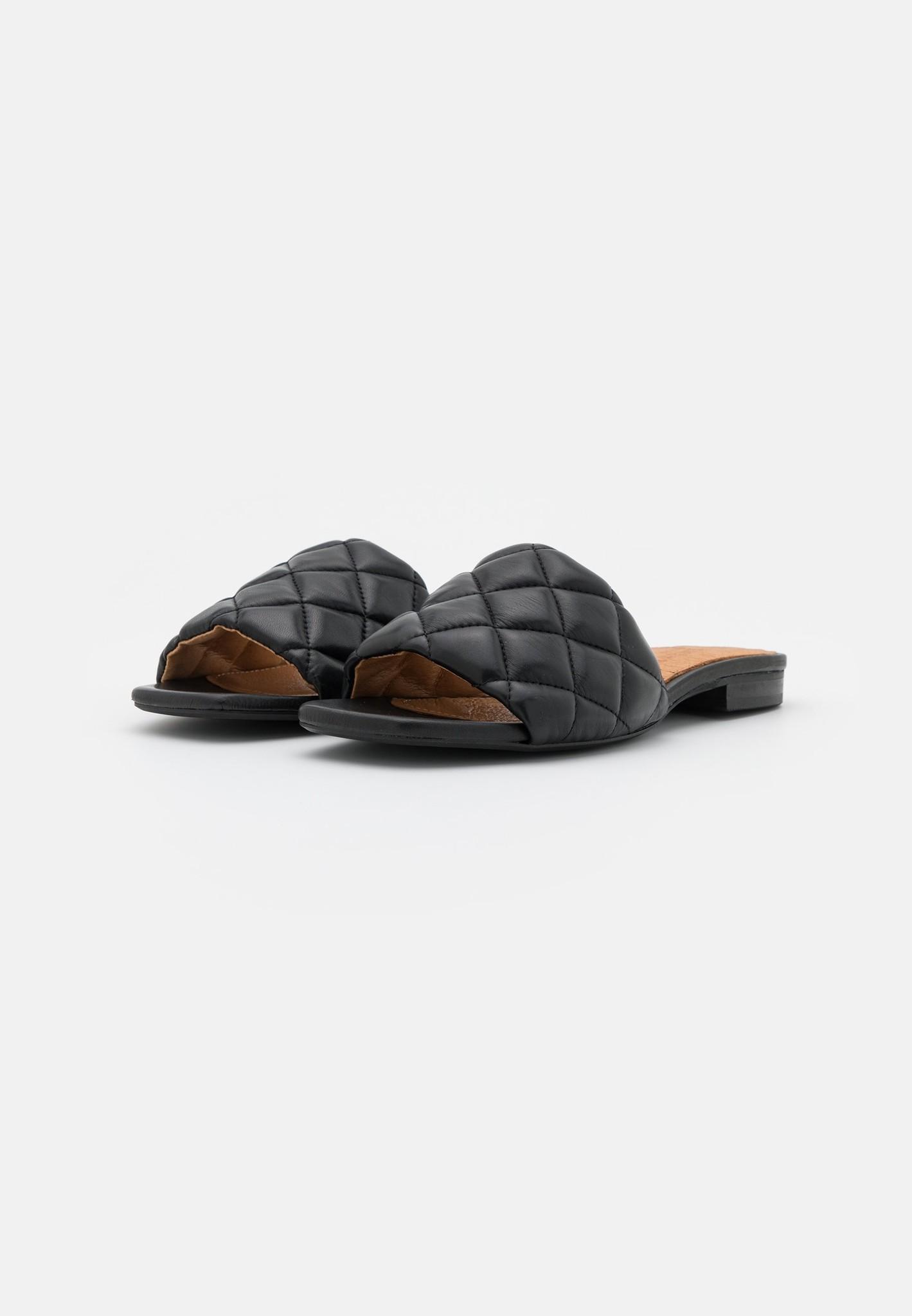 Alva slipper-3