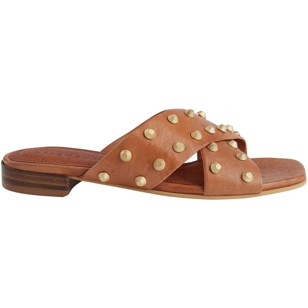Giselle tan slipper-1