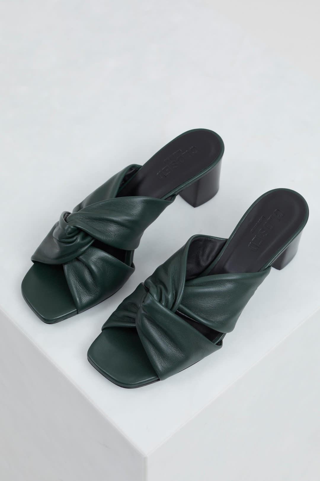Ana sandal thyme-3