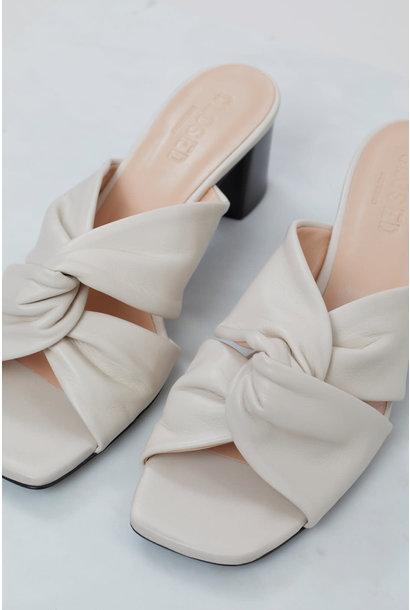 Ana sandal  ivory
