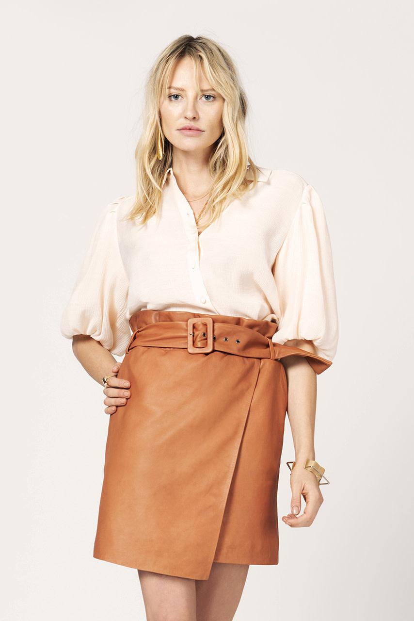 leith leather skirt pumpkin latte-3