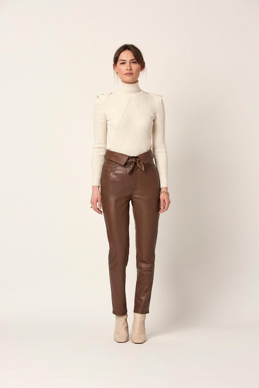 Celia Detail Button sweater Bone-4