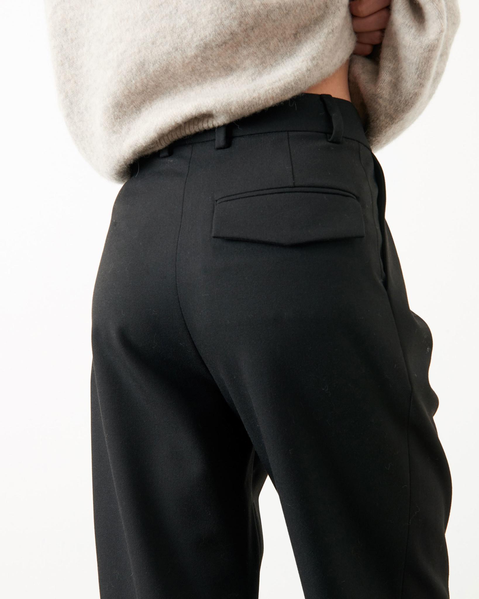 hondje black pants-2