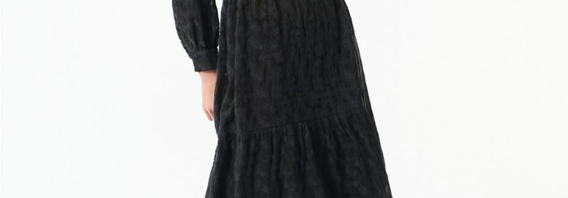 till black dress flower
