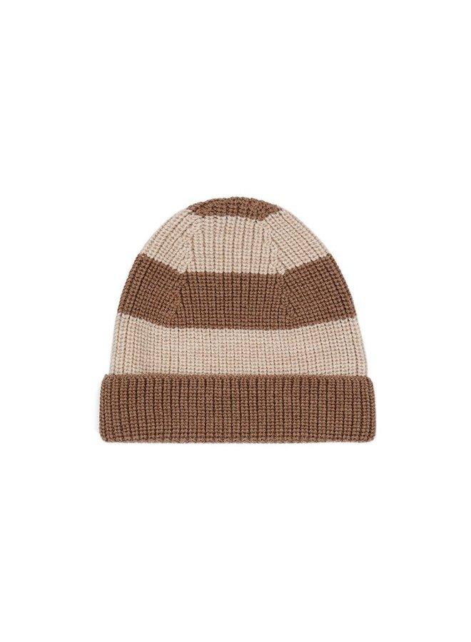 Witum knit beanie - Almond/ creamy white