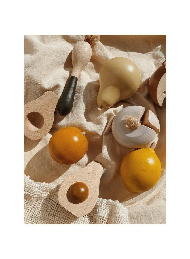 Wooden fruits