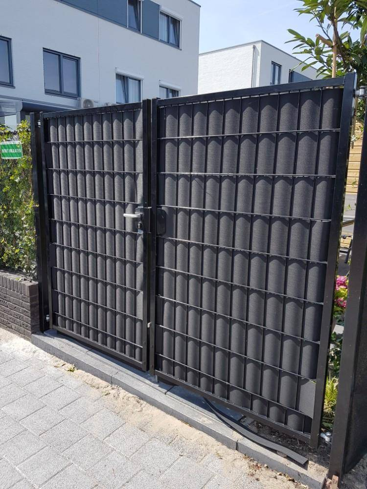 Gipea Easy To Fix Optimal Visibility Protection For Gate & Fence Ekoband 115 cm x 19 cm hoog