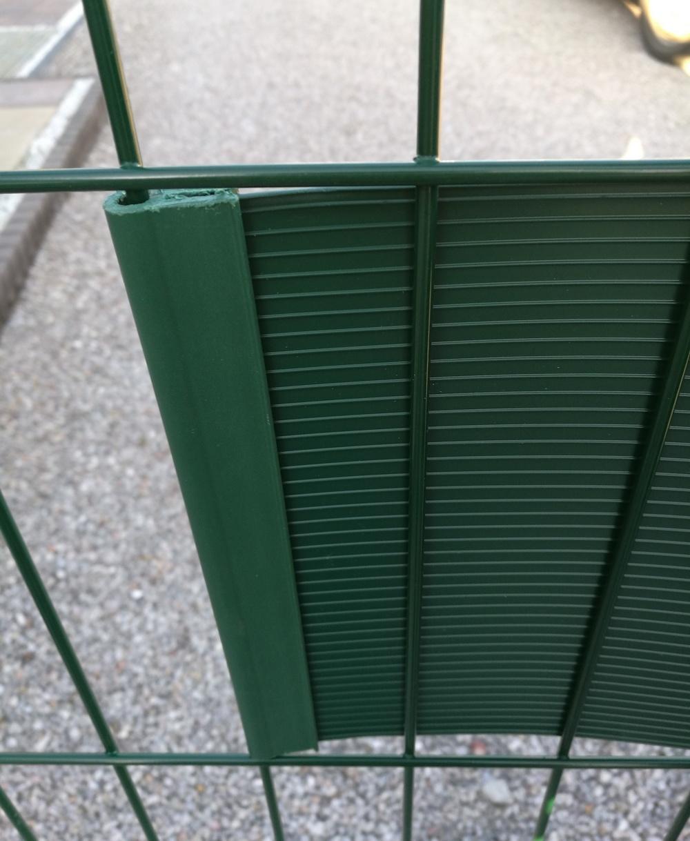 Gipea Easy To Fix Optimal Visibility Protection For Gate & Fence per stuk Gipea Ekoband Pro montage klem 19 cm