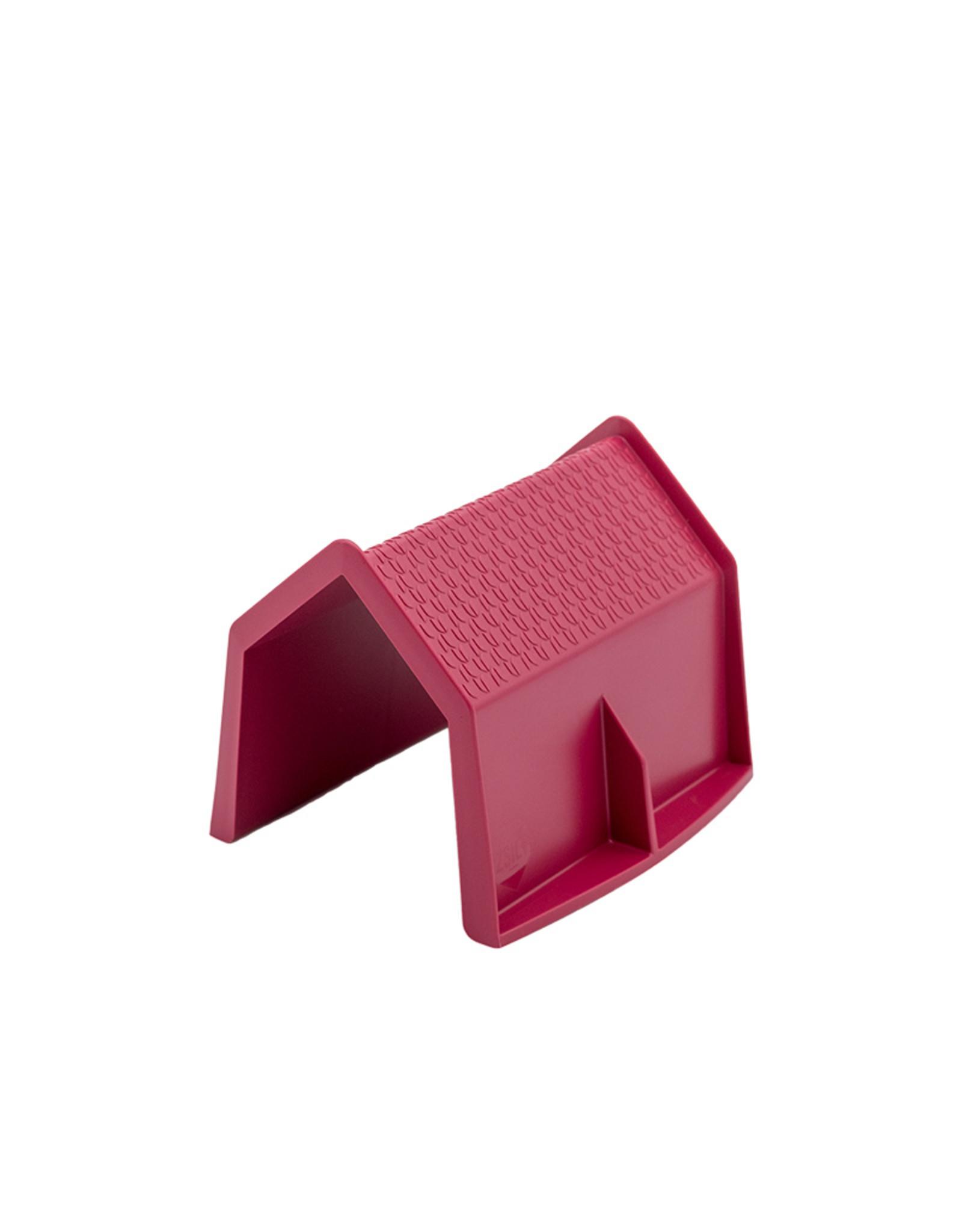 Zsilt House Red