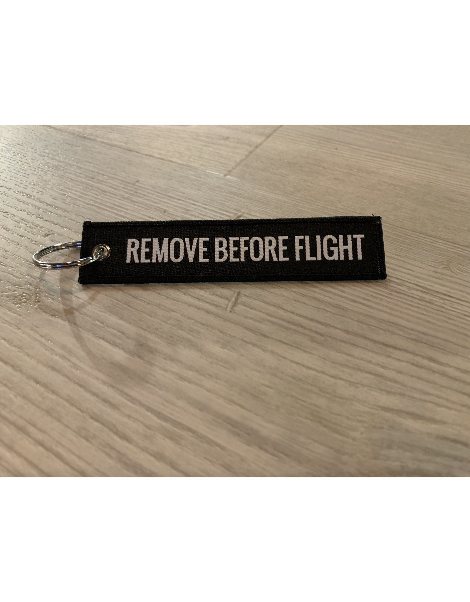 MotoPoint Sleutelhanger Remove before flight zwart