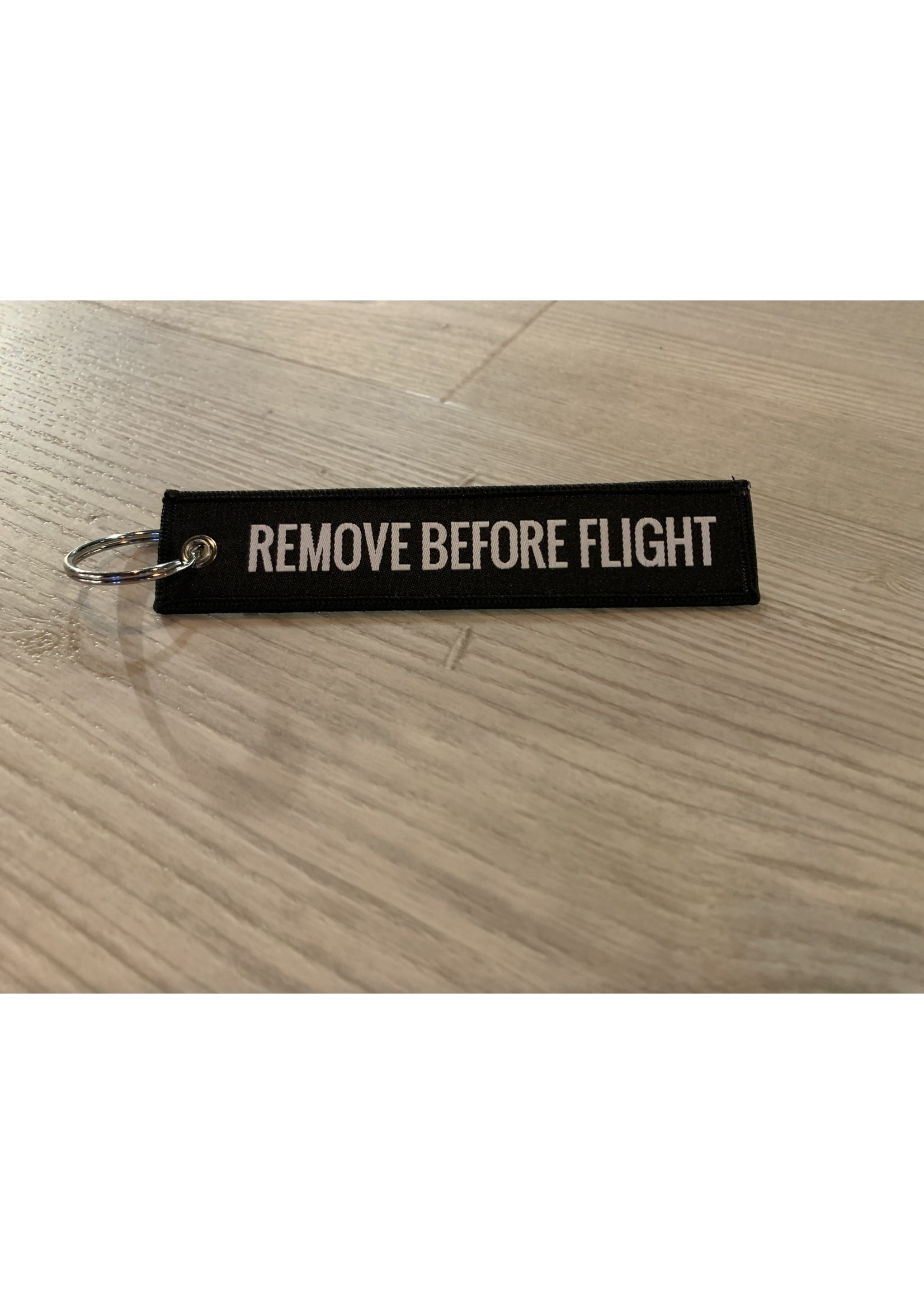 MotoPoint Sleutelhanger Remove before flight zwart
