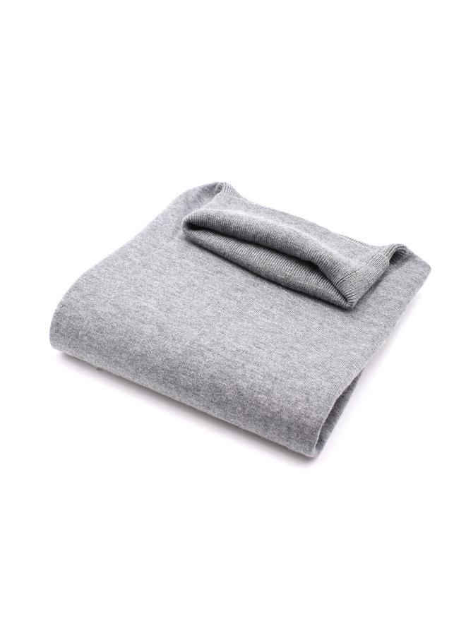 pull col roulé gris clair
