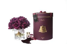 COTE NOIRE - Large Bouquet Carmine Roses in Clear Vase-1