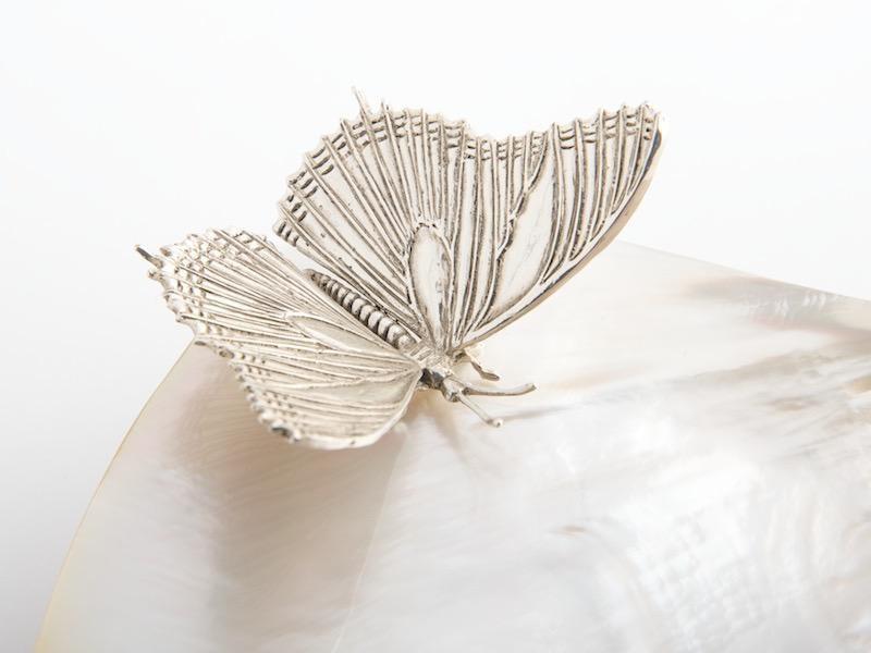 OBJETLUXE - Glass / Mother of Pearl Butterfly Jar Silver-3