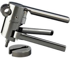 LECREUSET - Corkscrew & Capsule Cutter Black Nickel-1