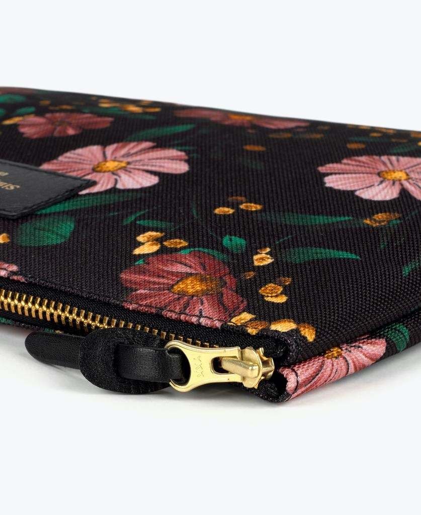 WOUF - Black Flowers XL Pouch-3