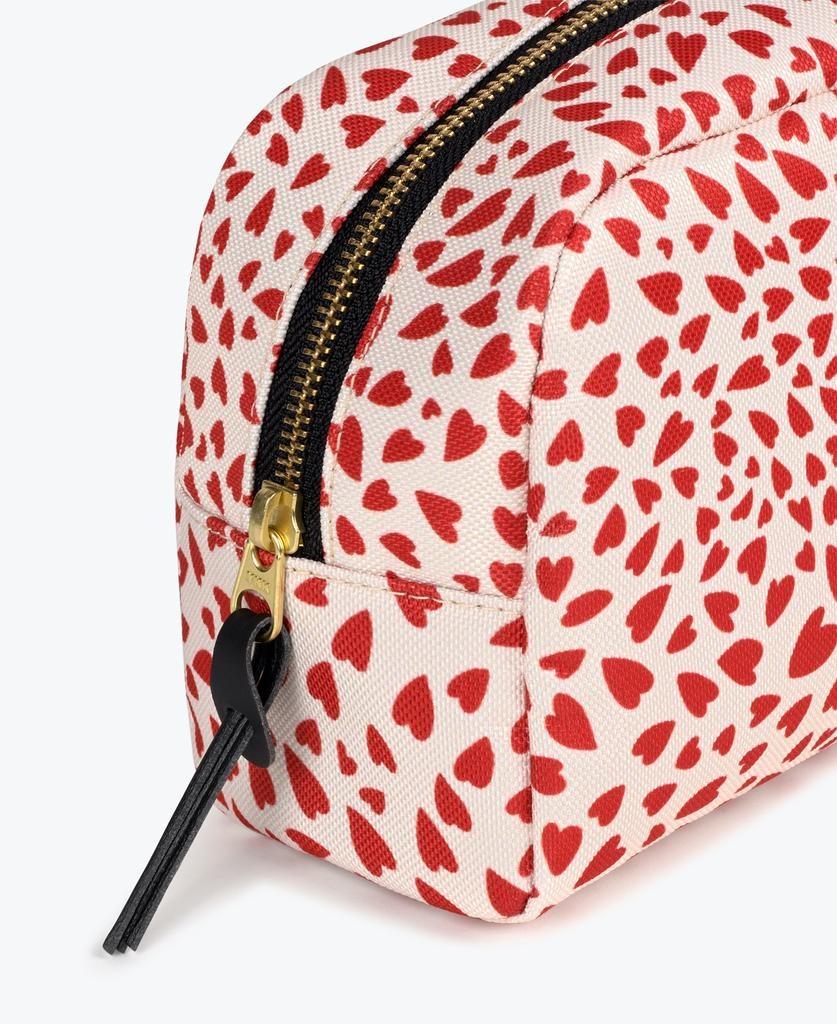 WOUF - White Hearts Makeup Bag-2
