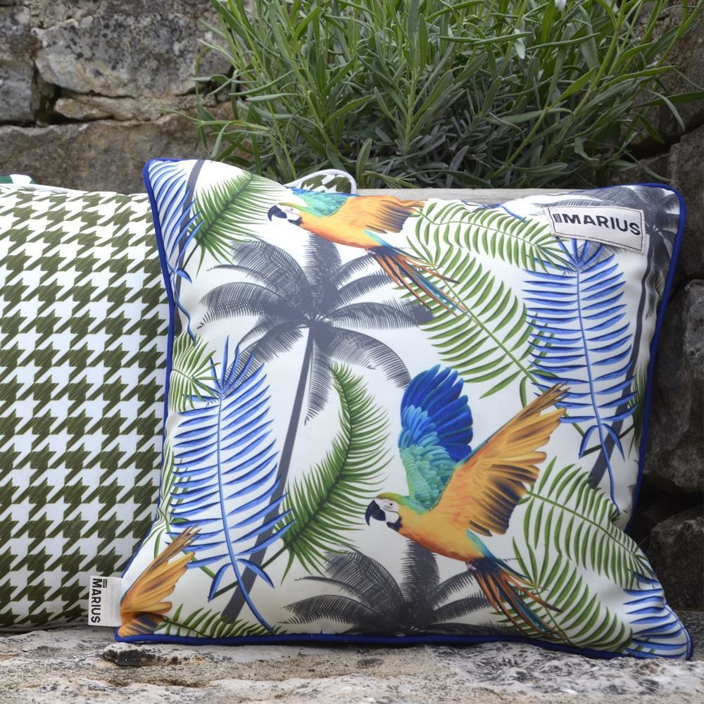 OU EST MARIUS - Fabulous Blue Aras Cushion 45x45cm-4