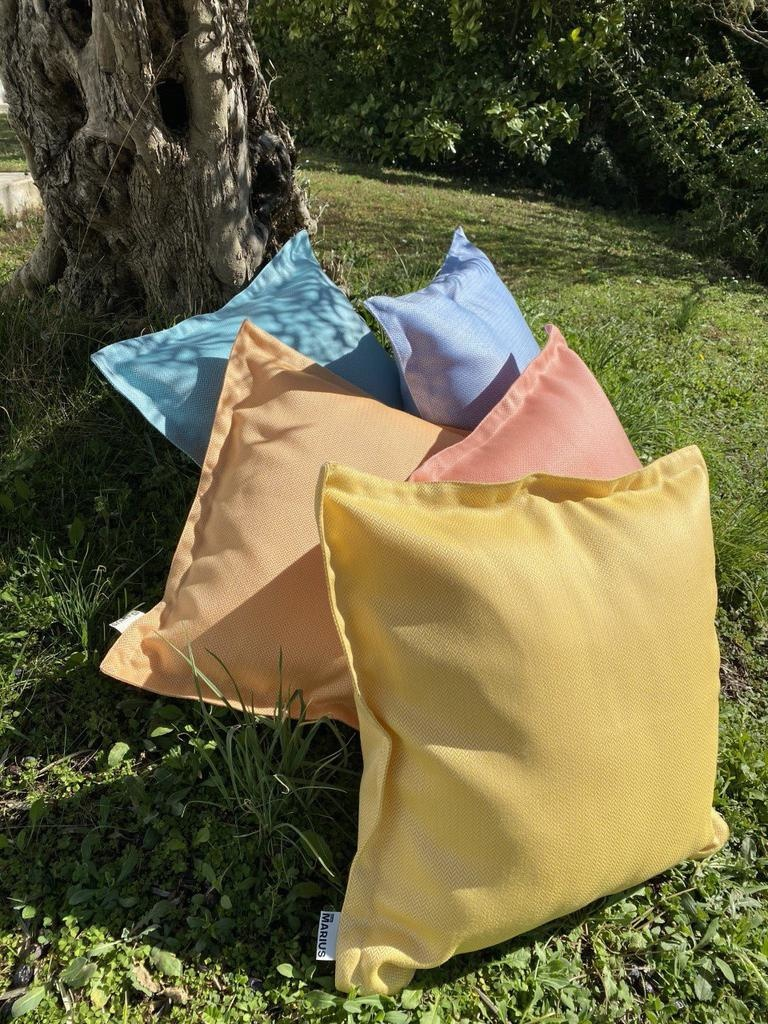 OU EST MARIUS - Luxe Chevron Sunshine Cushion 50x50cm-3