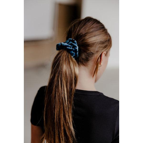 Scrunchie blauw panterprint