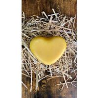 Kaasboerderij Van Veen Zoeterwoude Young farmers chees - Heart shaped 500 gram(yellow)