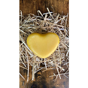 Young farmers cheese - Heart-shaped 500 gram (yellow)