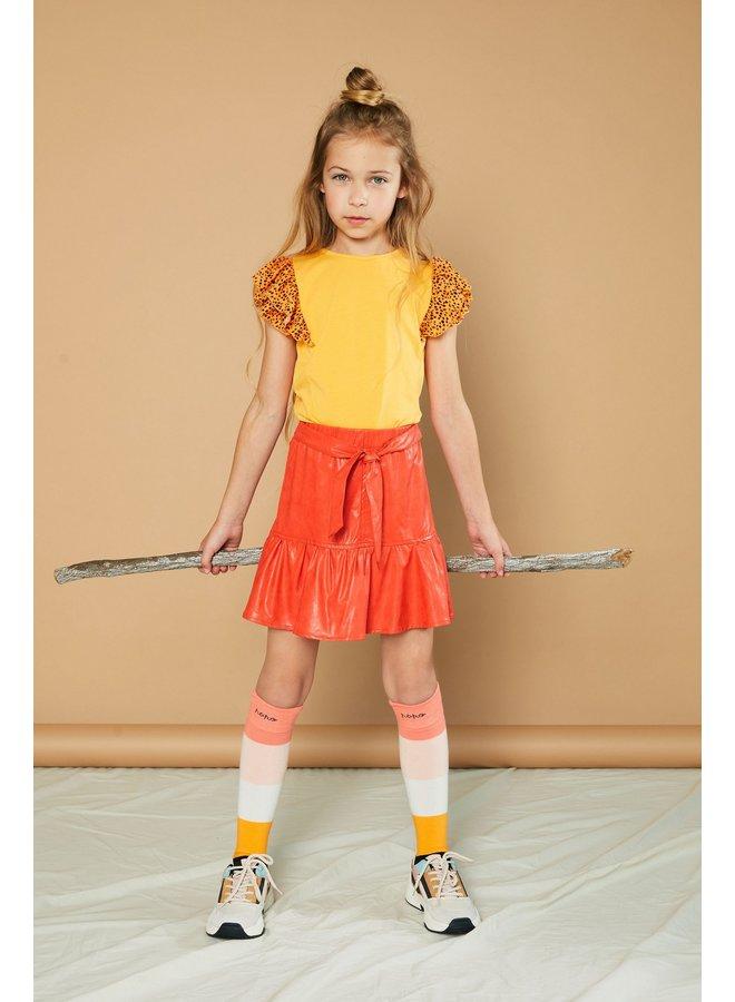 Kayla ss T-shirt with fancy woven ruffled contrast sleeves - Blazing Orange