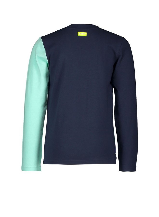 Boys shirt with slanted hem part, 2 different sleeve colors - Ice Green