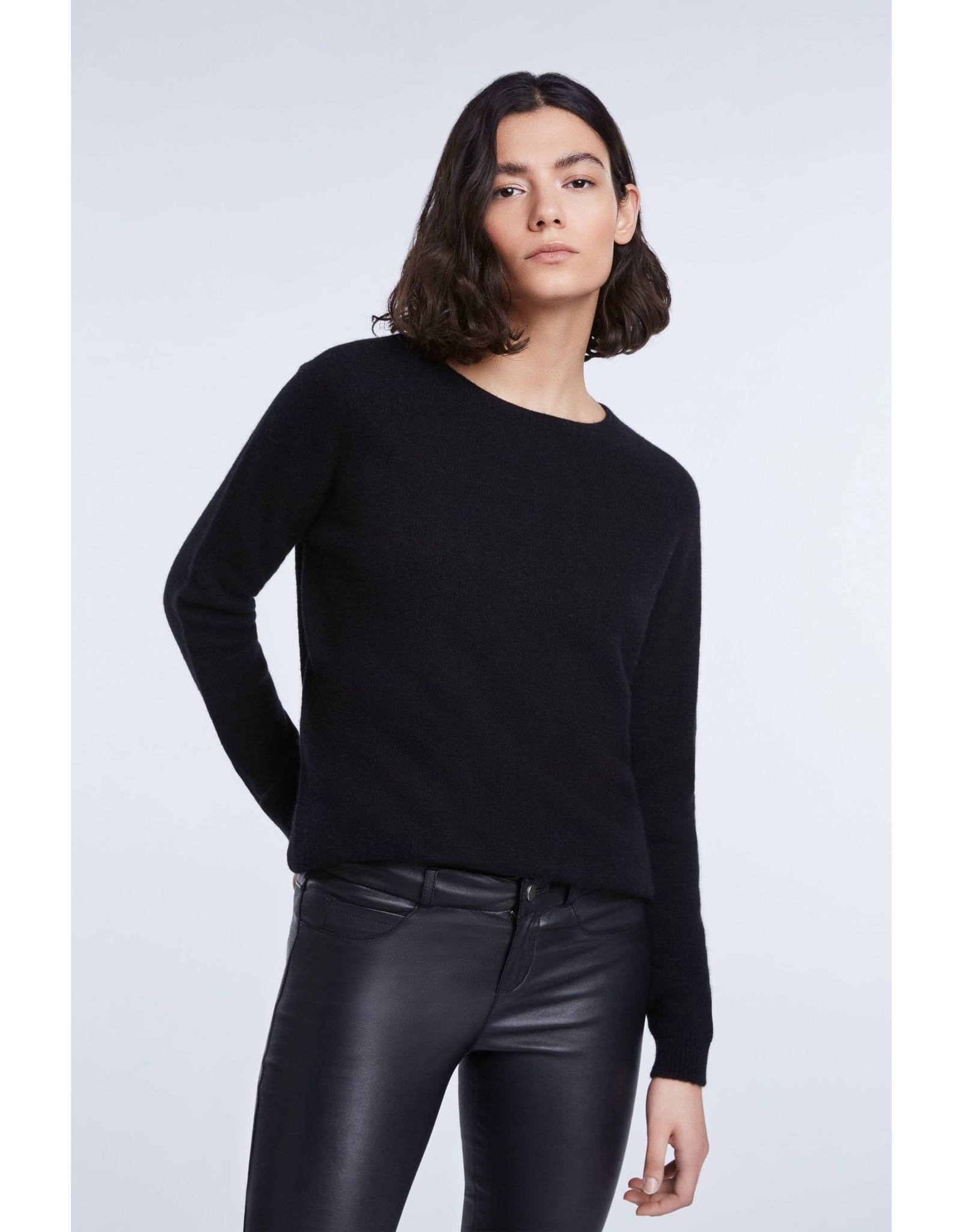 SET Knitted sweater made from cashmere blend