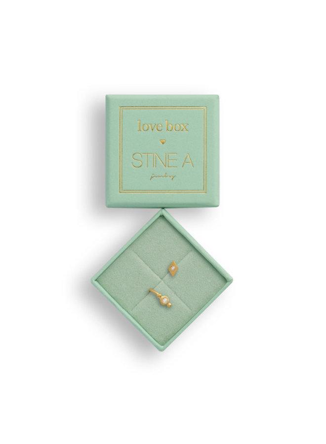Stine A: Love Box 87