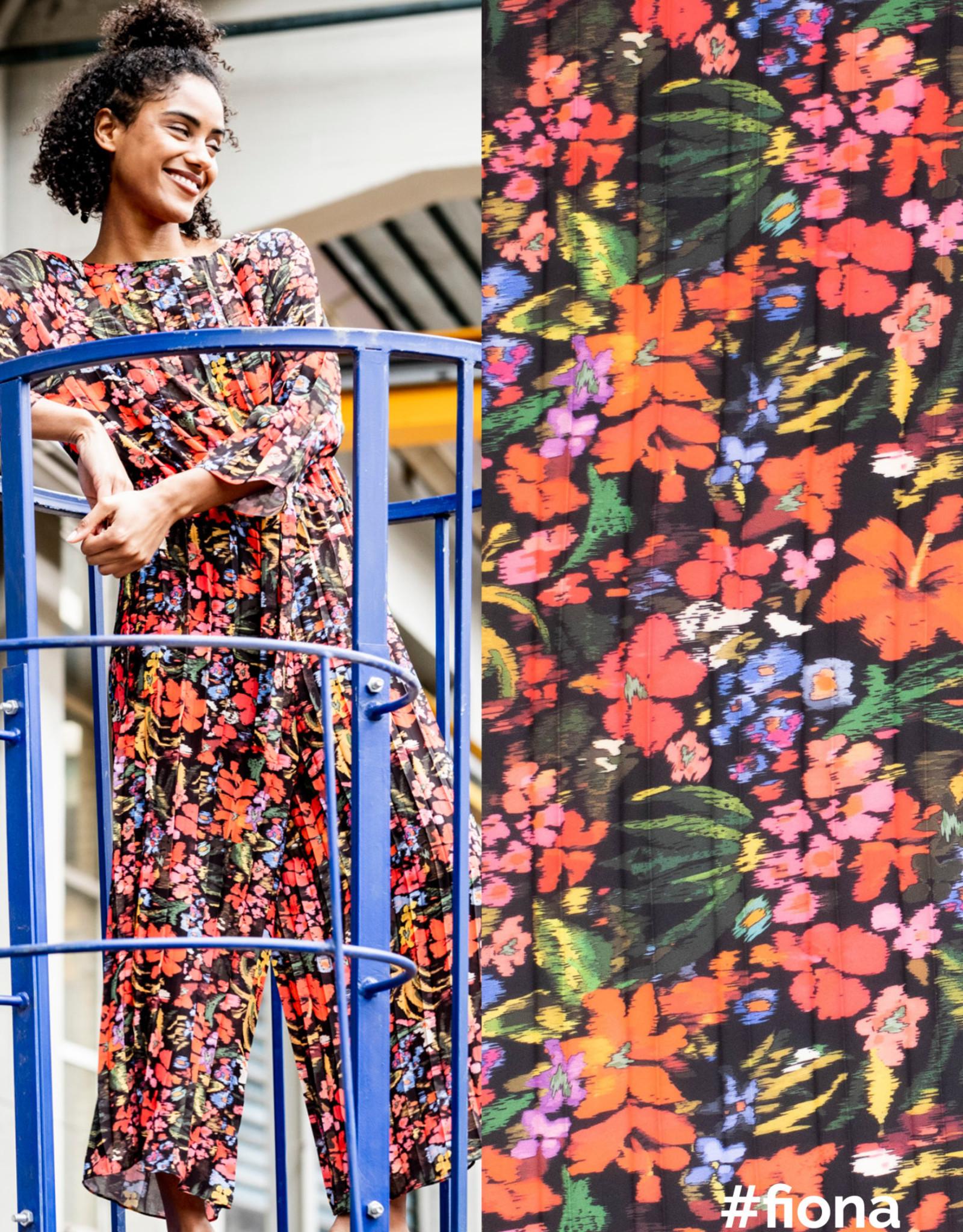 Fibre Mood Fibre Mood editie 14 Woven polyester crepe flower print Bloom + Fiona
