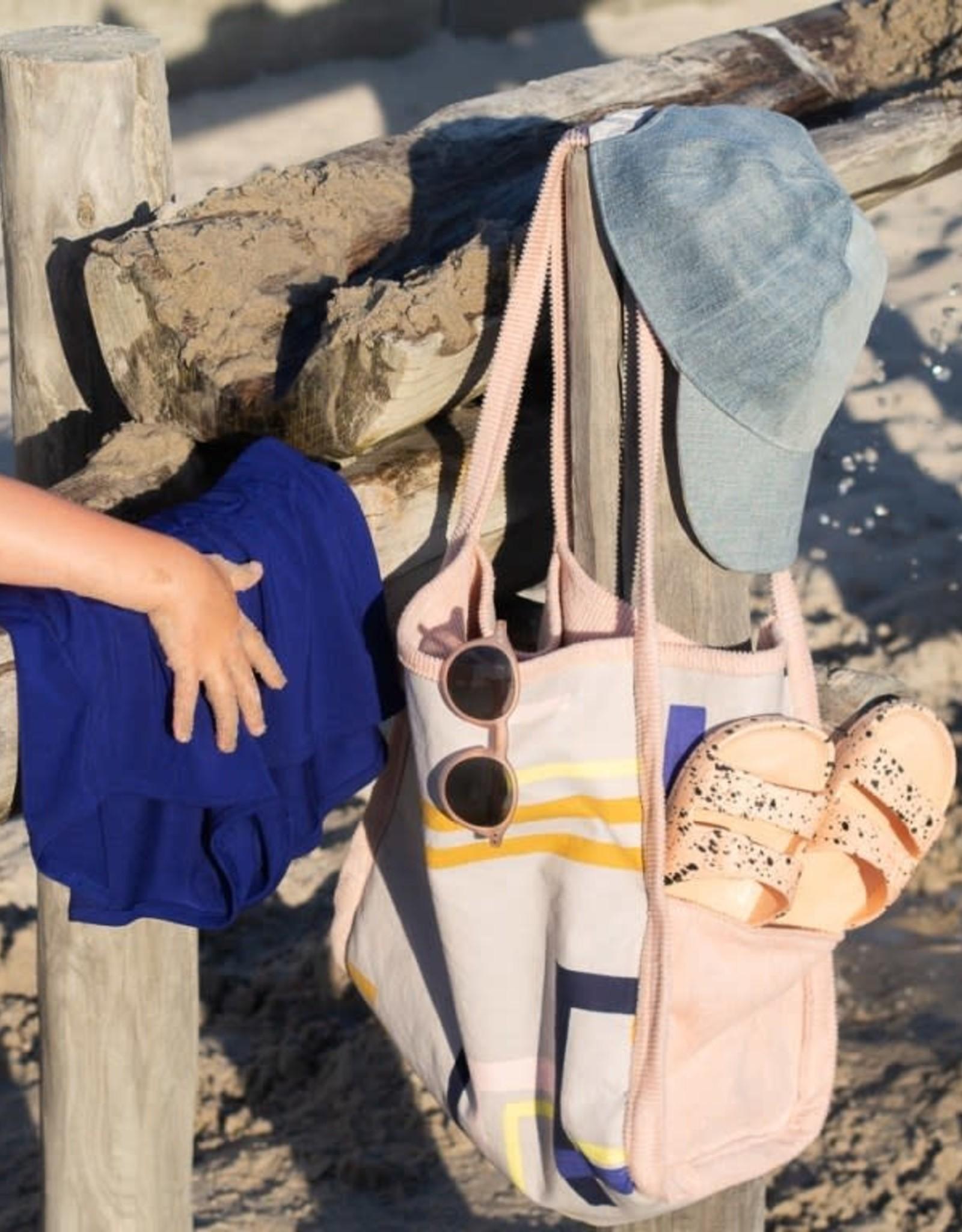 Wisj Wisj Naaipatroon Beach bundle (Jua pet, Steph short, Tobi tote)