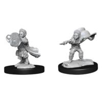 Unpainted Miniatures: Halfling Wizard Male