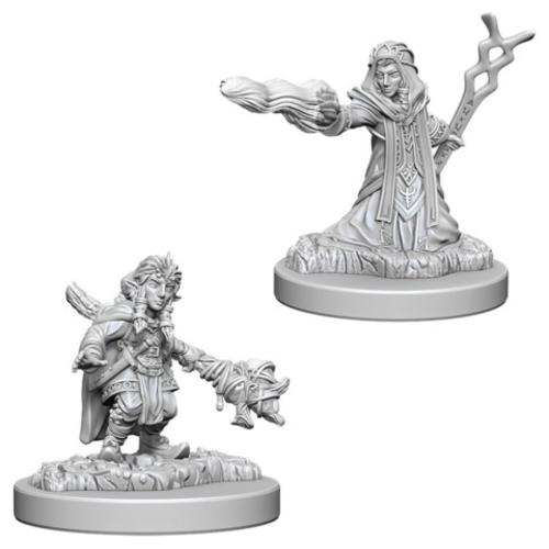 Wizk!ds Unpainted Miniatures- Gnome Female Wizard (5E)