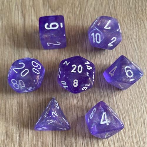 Chessex Borealis Poly set Light Purple/White Luminary