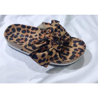 Huismerk Slippers leopard