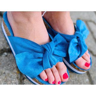 Huismerk Slippers blauw met strik