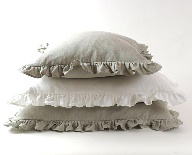 Ruffle Cushion cover