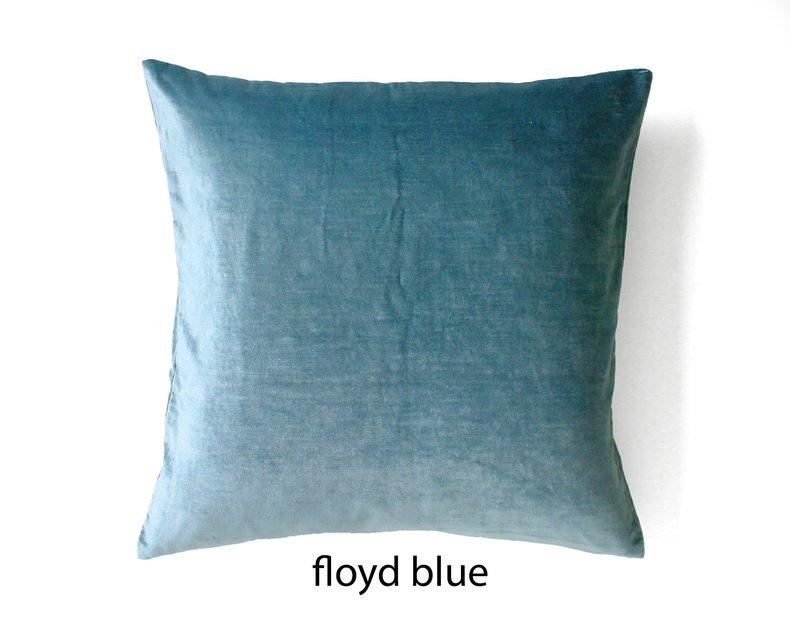 Floyd Gewassen Glanzend Fluwelen Kussen