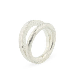 Ola Ring Contrast I, Zilver