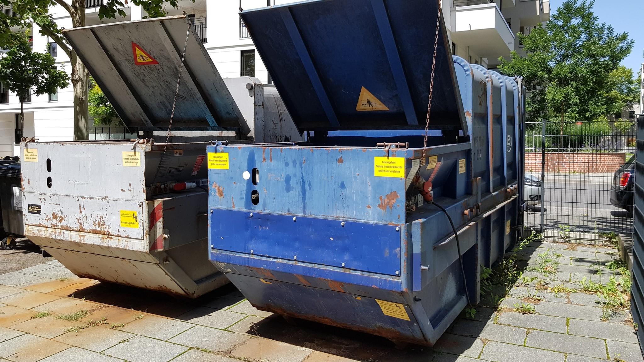 Müllpressen Füllstandmeldung automatisieren Störungsmeldung Funk