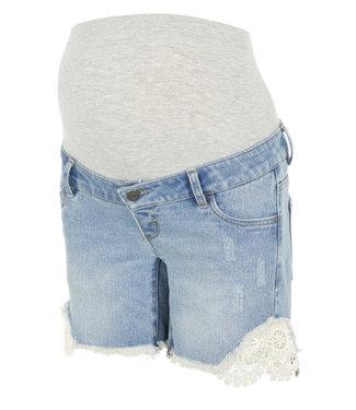 Mamalicious Mlcasis crochet denim shorts