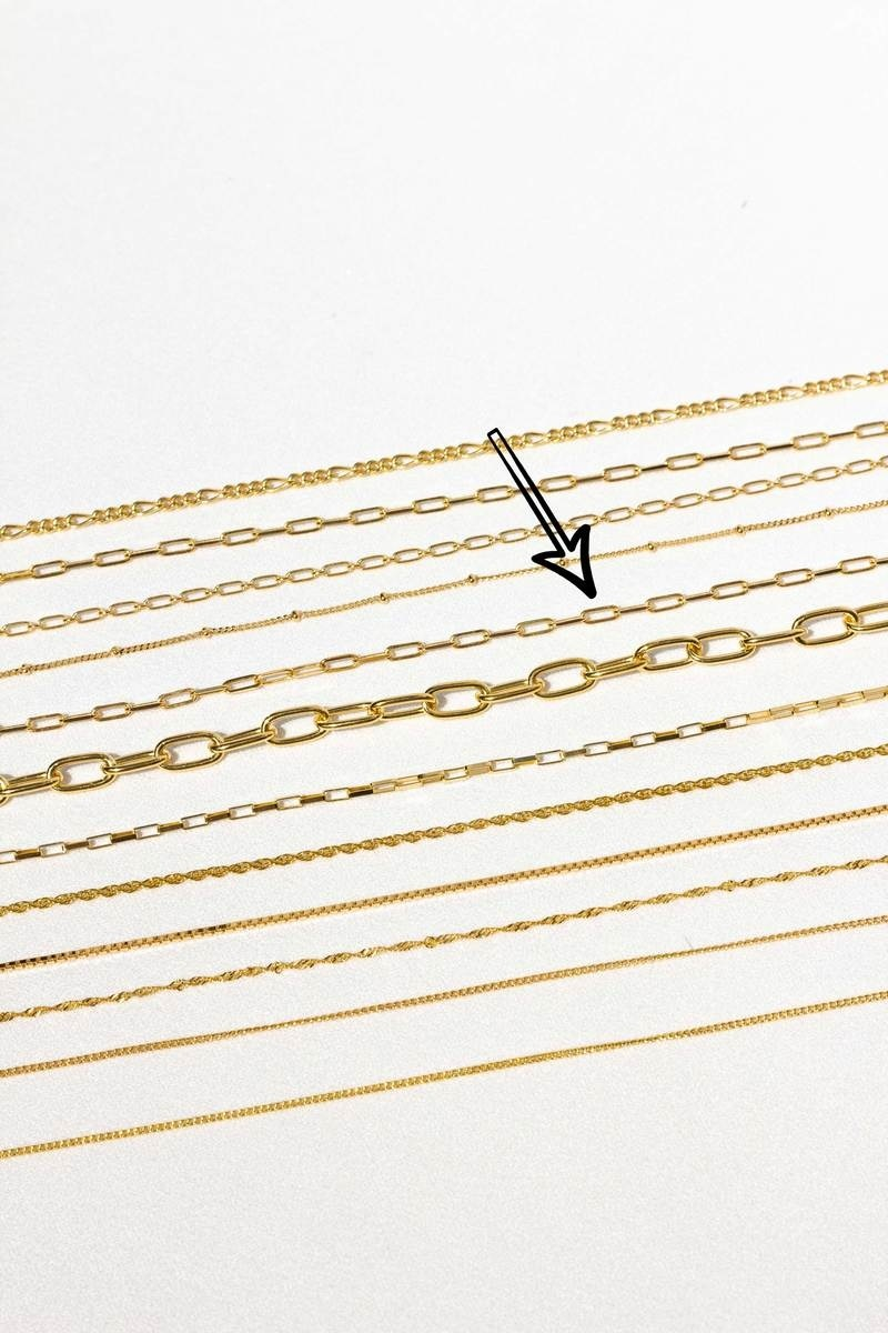 Tiny Chain Necklace - Gold-7