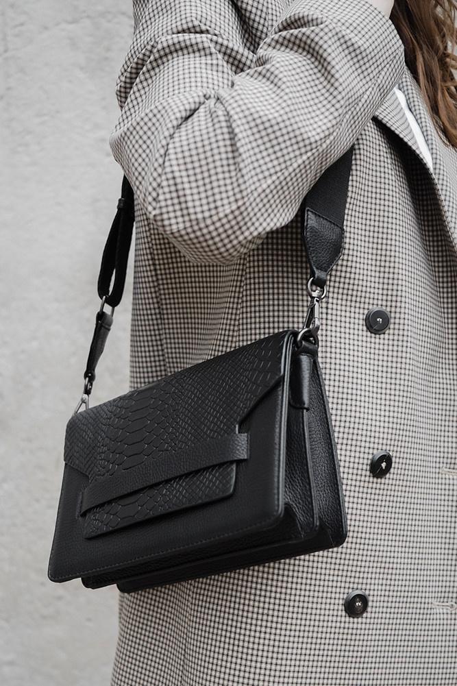Arabella Crossbody Bag Snake - Black w/ Black-2