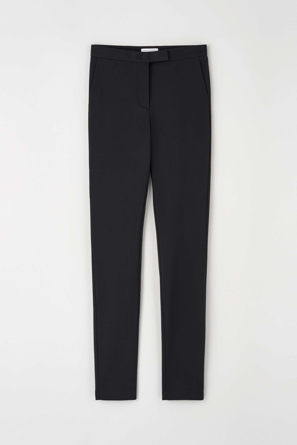 Taika Trousers - Black-6